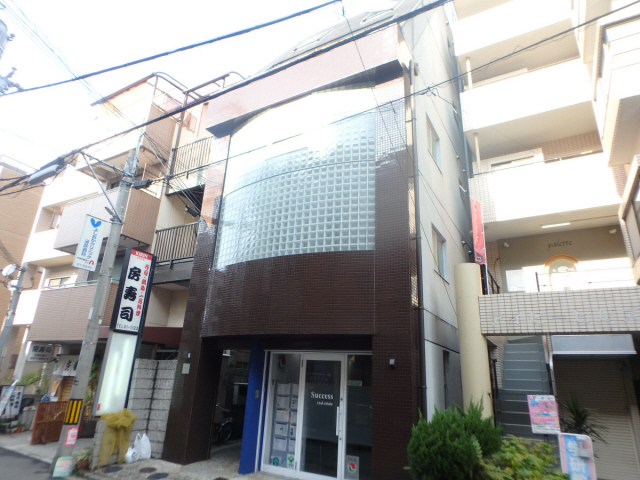 甲東園駅 2.5万円