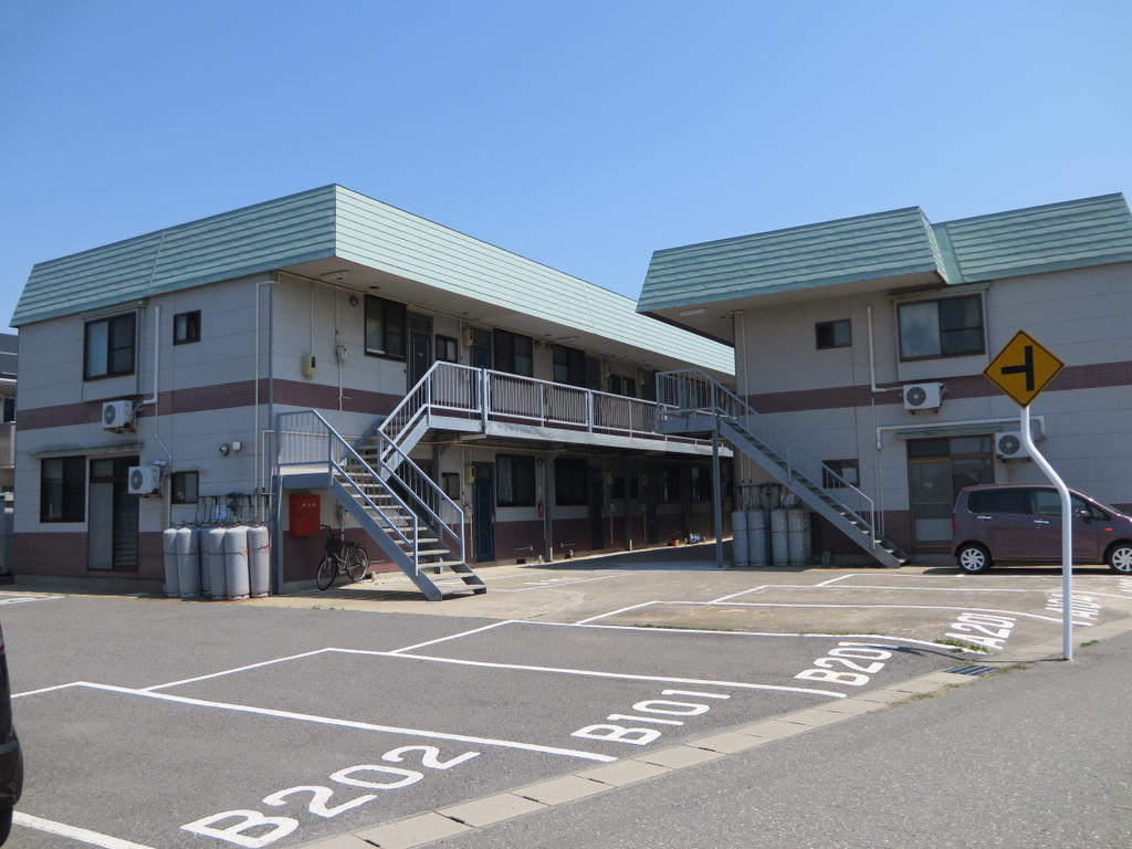 酒田駅 4.2万円