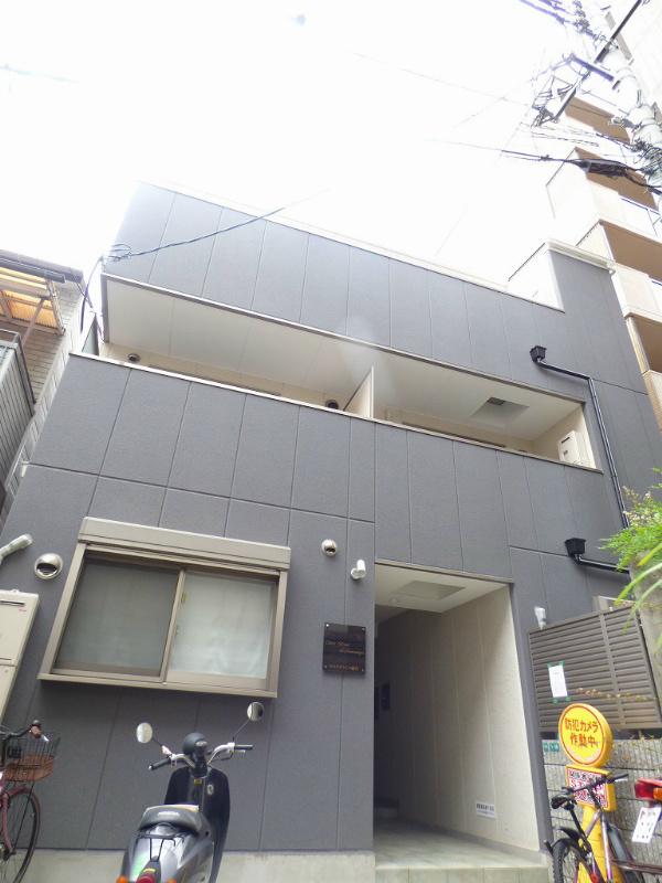 西宮駅 0.6万円