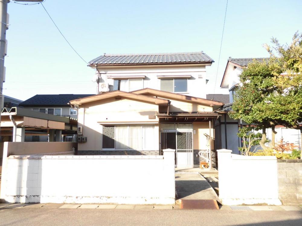 福井市円山1丁目 戸建て