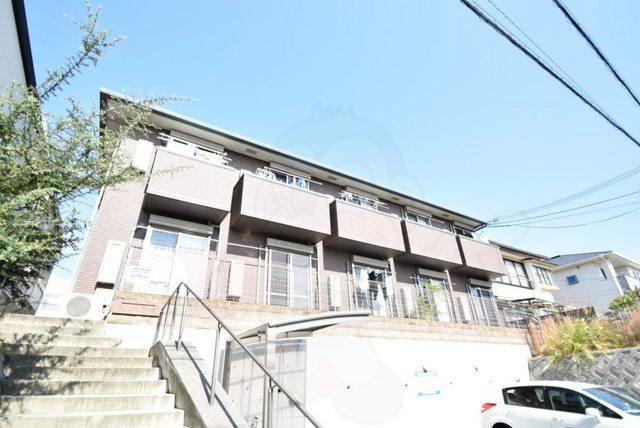 六甲駅 0.7万円
