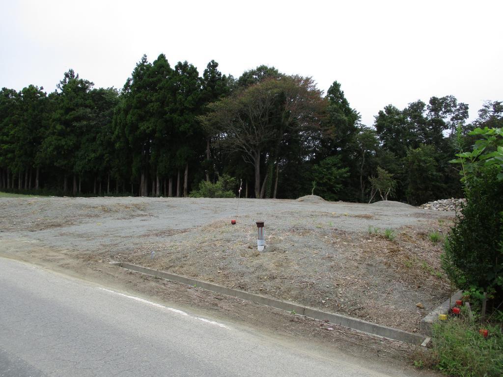 浜街道予定道路に面した約200坪の土地