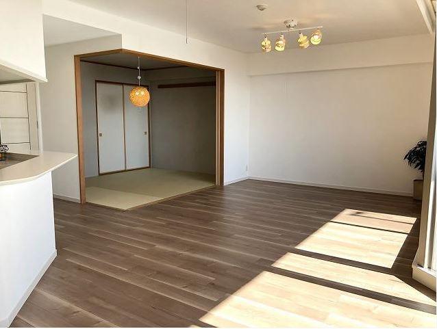 ラドーニタワー蟹江 404