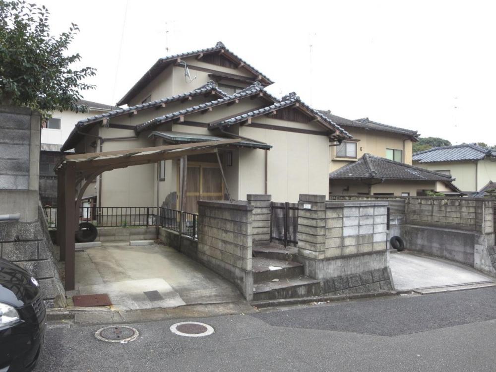 飯塚市立岩 戸建て