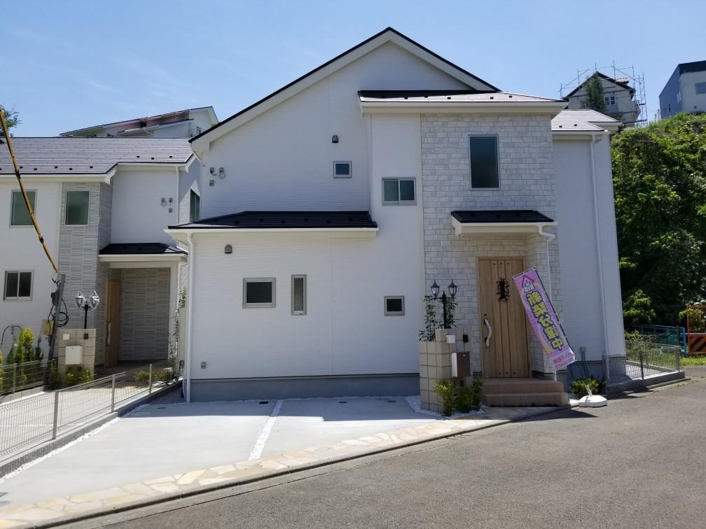 町田市金井町 鶴川駅徒歩約14分 新築戸建全3棟