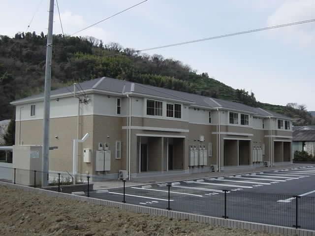 八幡浜駅 4.7万円