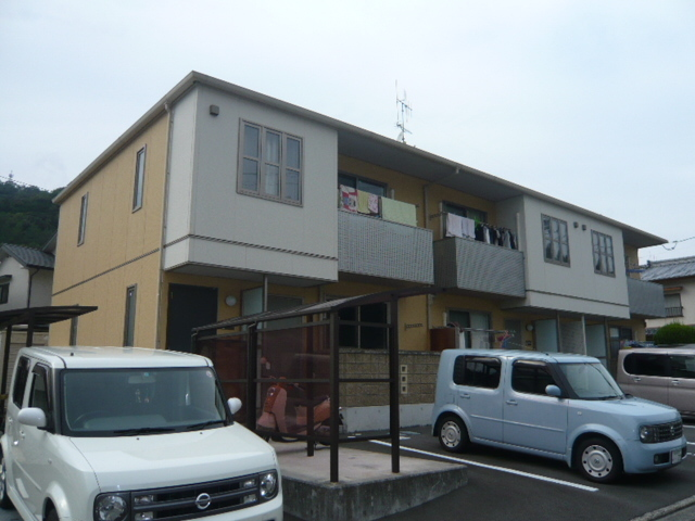 宇和島駅 0.6万円