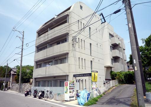 八草駅 2.2万円