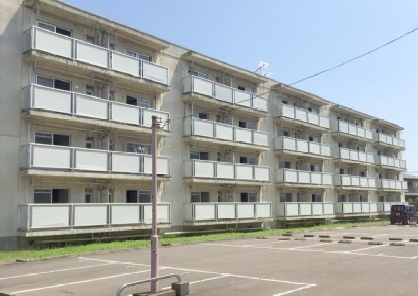 直江津駅 1.5万円