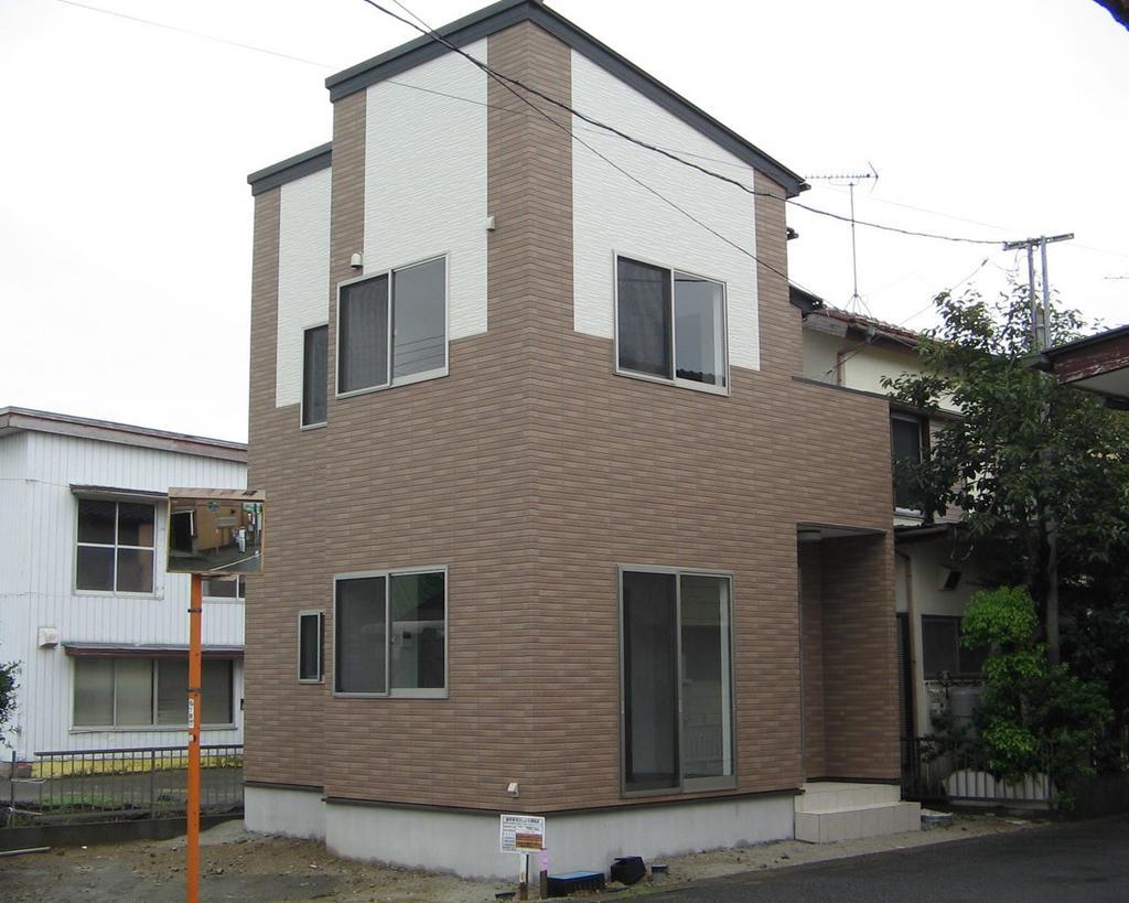 横田成竹前 新築
