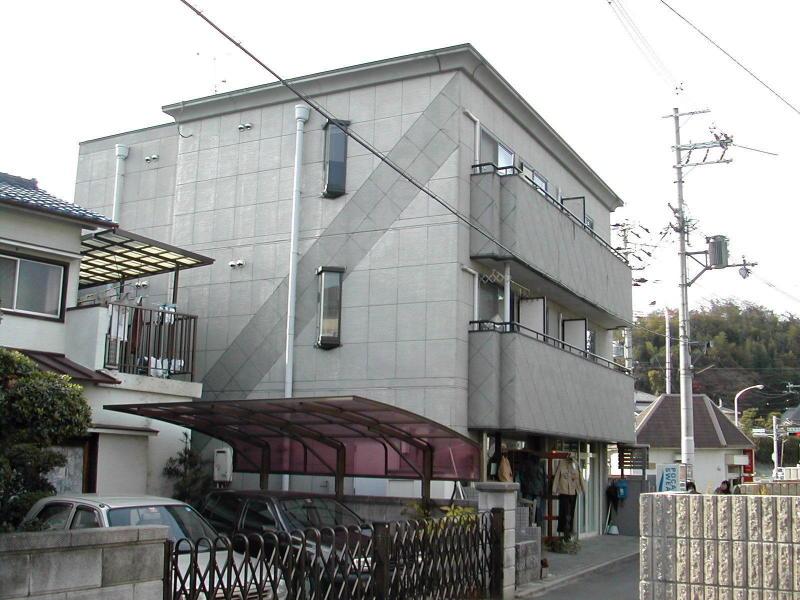 富雄駅 1.5万円
