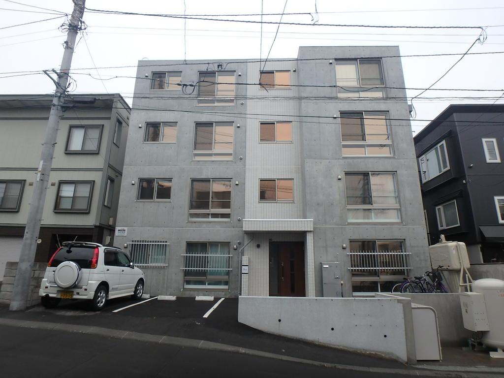 南郷18丁目駅 0.5万円