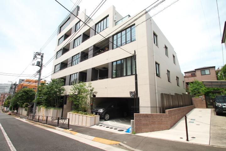 ディアナコート宮坂壇邸 3階
