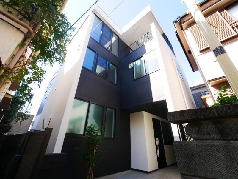 渋谷区本町2丁目  住む人の誇りを満たす洗練された都市型新邸