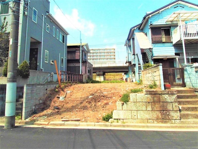 建築条件無し売地 神奈川新町 陽当り良好 整形地