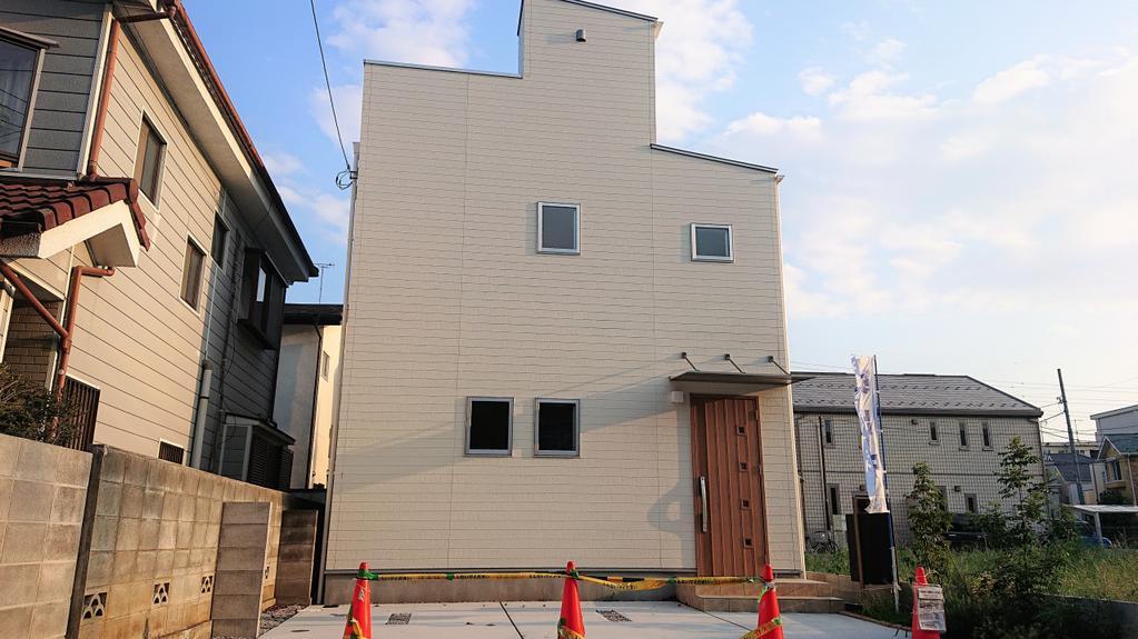 府中新町1丁目 北欧風住宅ルーフバルコニー付「楽するハウス」