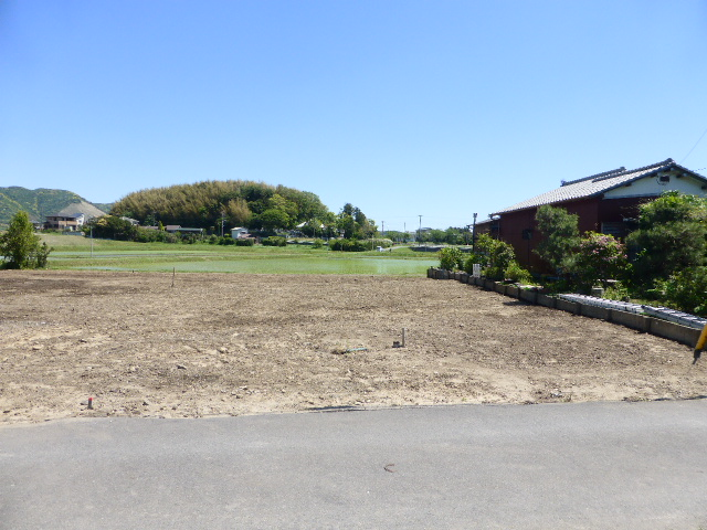 海・山が近く別荘・永住に最適、土地建物100%ローン可